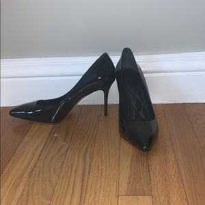 NWOT Brian Atwood black patent pumps